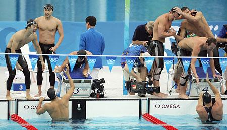 五輪・喜ぶ日本と米国選手