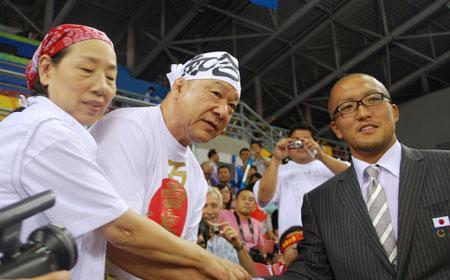 五輪・浜口京子の両親と鈴木桂治