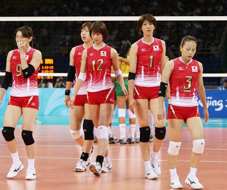 五輪・肩を落とす日本チーム