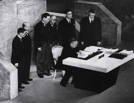 サンフランシスコ平和条約、日米...