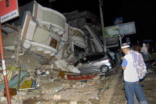 スマトラ沖でM7.6の地震:時事ドットコム