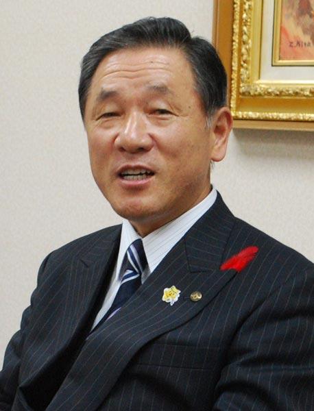 油野和一郎・石川県かほく市長:...