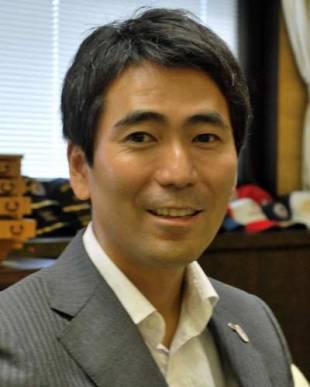 吉田雄人・神奈川県横須賀市長:...