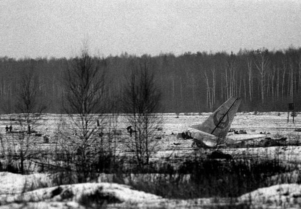日航 機 墜落 事故 原因 日航機墜落事故の原因や真実と生存者の今現在!坂本九の遺体や陰謀説...