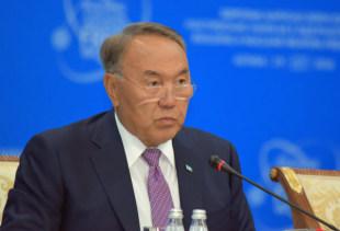 核実験禁止を訴える国際会議に臨むカザフスタンのナザルバエフ大統領=2016年8月29日、アスタナ【時事通信社】