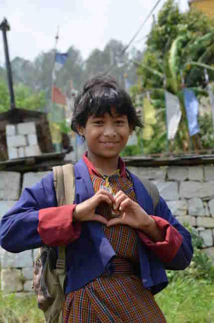世界 一 幸せ な 国 国民の97%が「私は幸せ」と答える世界一幸せな国ブータン。その「幸せ...