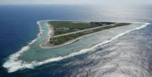 日本の最東端「南鳥島」~絶海の孤島を訪ねて:時事ドットコム