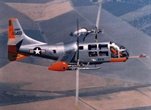 ティルトローター方式の試作機「XV3」(米空軍提供)【時事通信社】