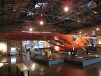 1931年に三沢の淋代海岸を飛び立ち、世界初の太平洋無着陸横断飛行に成功したミス・ビードル号の復元機【時事通信社】