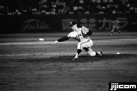 南海ホークス、杉浦忠投手のピッチ…:ON・プロ野球黄金期 なつかしの ...