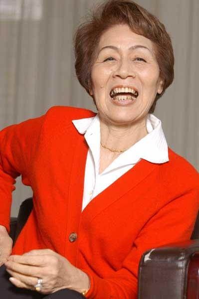 インタビューに応える東京五輪女...