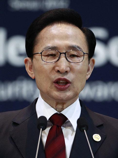 李明博(イ・ミョンバク)第17代、在任期間2008~2013年 大阪府出身。1965年高麗大経営学科卒。現代建設に入社…