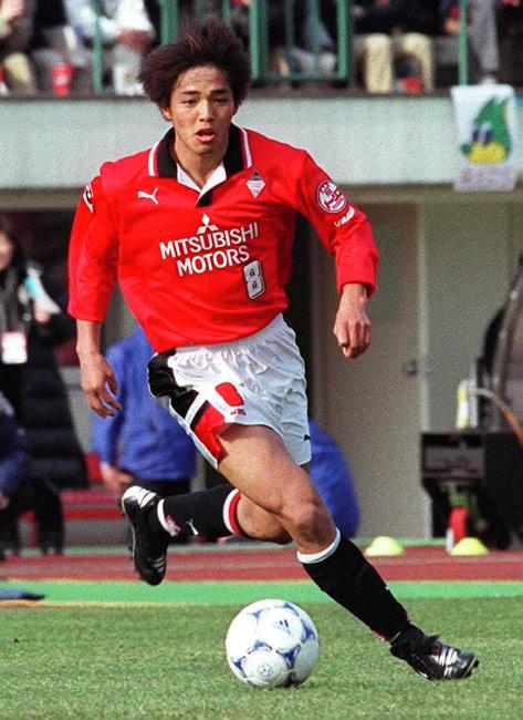 小野伸二 浦和在籍1998~01、06・07年 J1…:浦和レッズ 写真特集:時事 ...