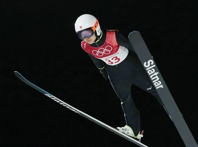 平昌五輪ジャンプ女子ノーマルヒル。高梨沙羅の1回目の飛躍=韓国・平昌