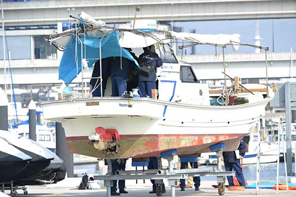 自衛艦「おおすみ」衝突事故 写真特集