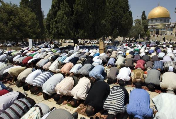 「イスラム教徒」の画像検索結果