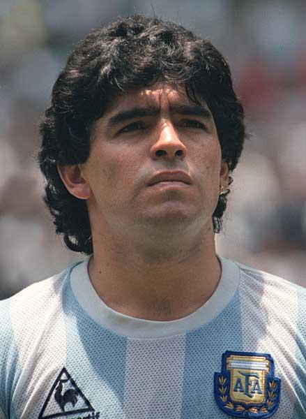 ディエゴ・マラドーナ=MF、FW W杯成績:1982年(2次