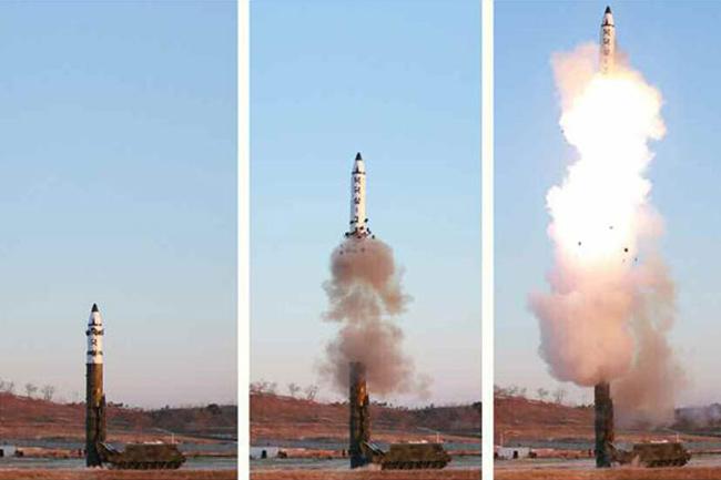 2017年2月12日…:北朝鮮が弾道ミ...