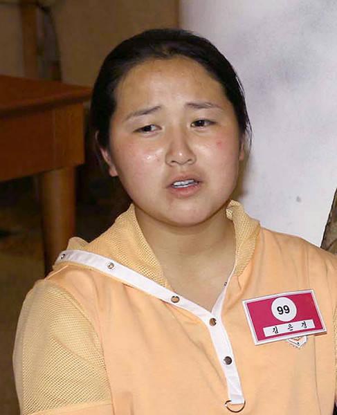 外務省は2014年3月16日、北朝鮮に拉致された横田めぐみさんの両親である横田滋さん(81)、早紀江さん(78)夫妻が…