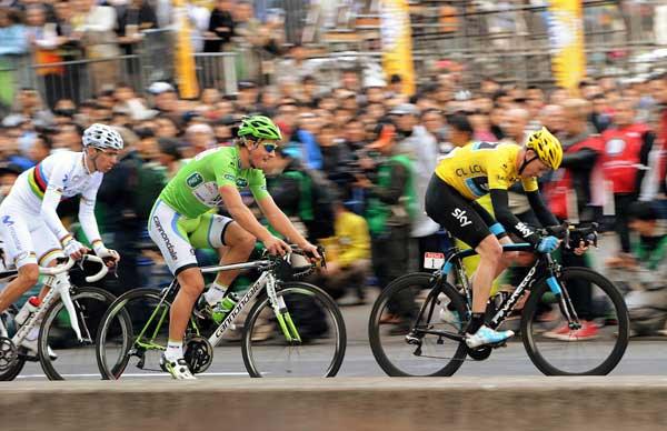 疾走! 自転車ロードレース 2013 写真特集