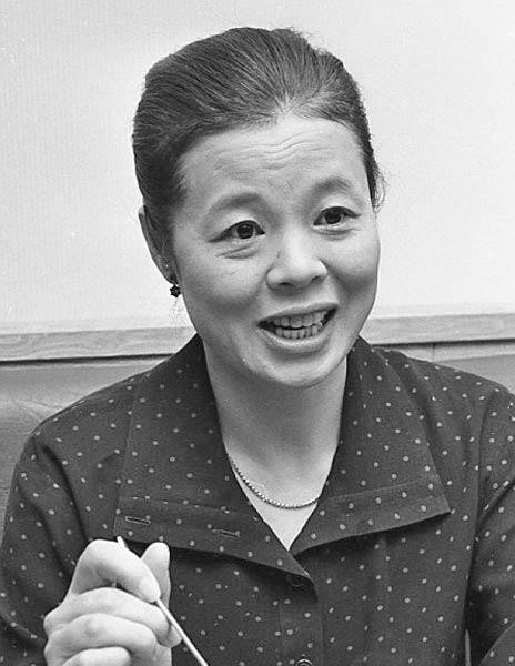 市原悦子さん。1983年撮影:女優...