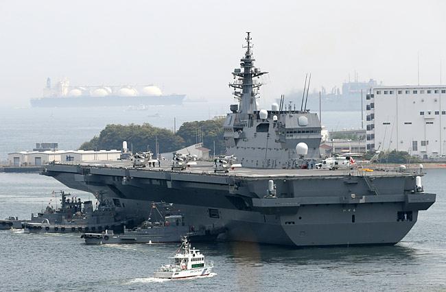 海上自衛隊「空母」型護衛艦いず...