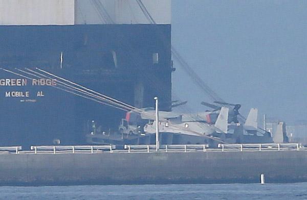 運搬船「グリーンリッジ」から山口県…:垂直離着陸機V22オスプレイ 写真特集:時事ドットコム