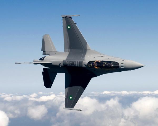 パキスタンの軍事力 写真特集