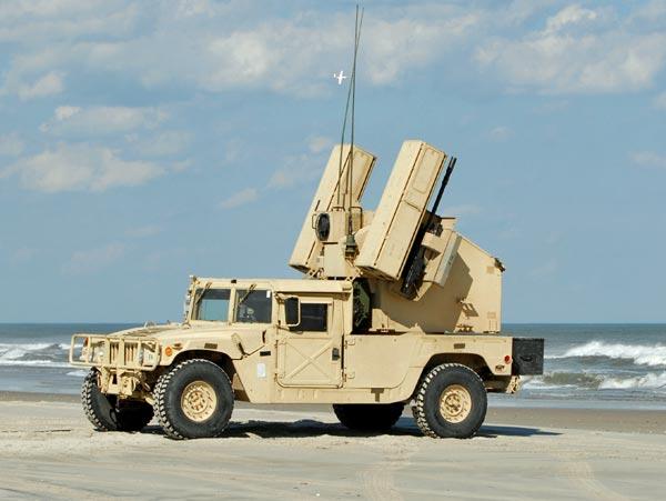 M1097アベンジャー防空システム ...