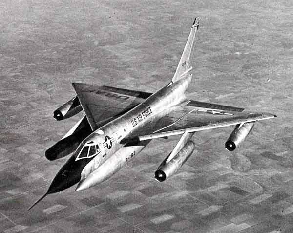 戦略爆撃機の画像 p1_17