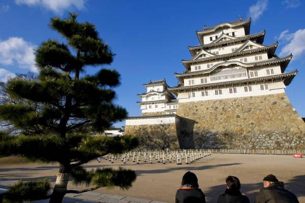 姫路城】 姫路城は、14世紀中ご...