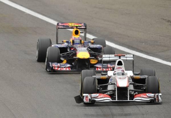 2011年第12戦のベルギーGPで走る...
