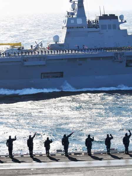 東日本大震災 各国の支援 写真特集