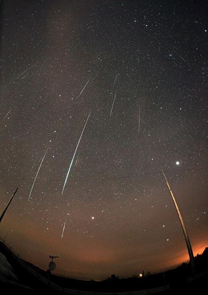 流星・彗星・小惑星 写真特集