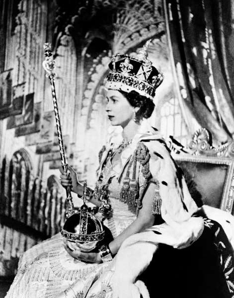 エリザベス2世女王の戴冠式 平成...