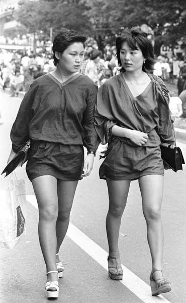 街中で歩いている女性の美脚でしかヌけない人◎5 [無断転載禁止]©bbspink.com->画像>946枚