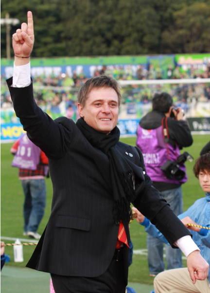 ドラガン・ストイコビッチ氏 19…:誰か日本を救って 代表監督候補 ...