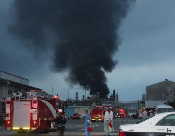 兵庫県姫路市で工場爆発事故 写真特集