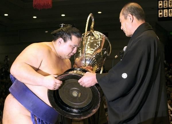 2001年の大相撲春場所で2度目の...