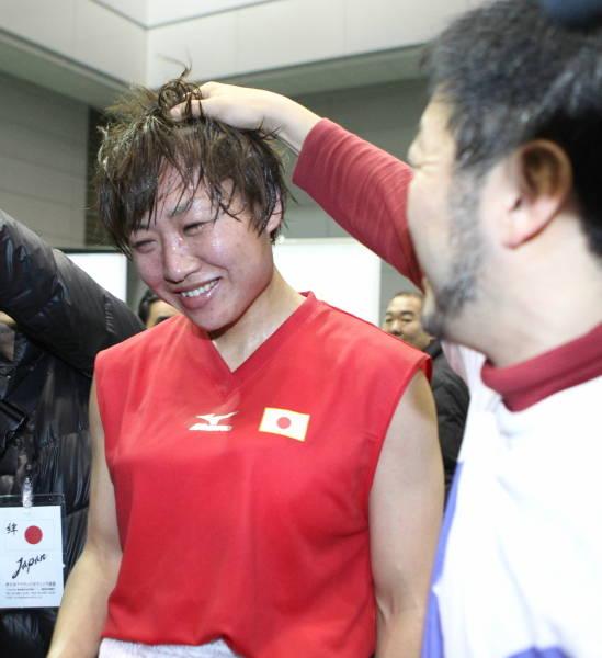 全日本女子ボクシング、ミドル級...