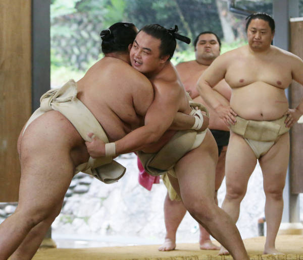 大相撲の八百長問題をめぐる裁判で解雇無効の…:中国出身力士 蒼国来 ...