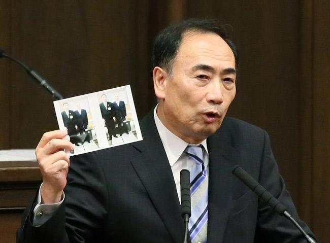 大阪府議会での証言中、JR東海の...