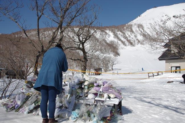 栃木のスキー場で雪崩 写真特集...