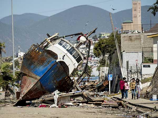 チリ 地震 津波