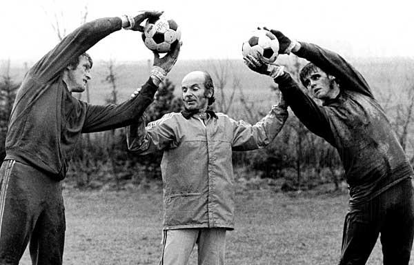 日本サッカーの父」 デットマール・クラマー氏 写真特集:時事ドットコム
