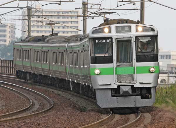 721系近郊形電車 千歳線を走…:...