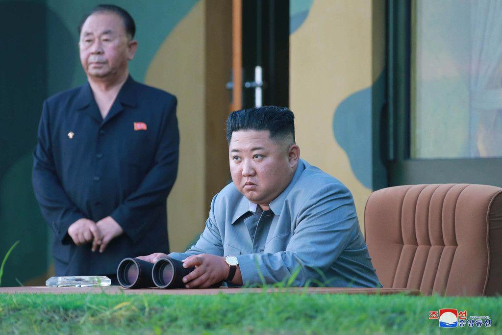 北朝鮮の金正恩朝鮮労働党委員長=7月25日、撮影場所不明。朝鮮中央通信が配信(EPA時事)