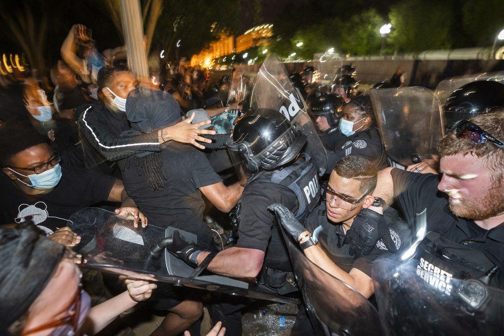 黒人暴行死、デモ全米に拡大 相次ぐ差別に不満噴出